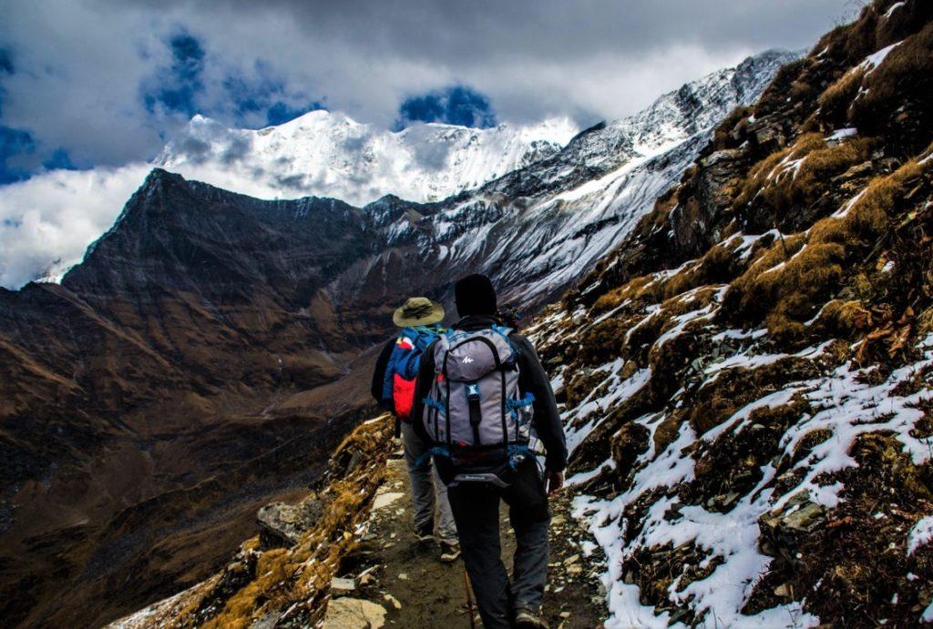 randonnée en montagne torrent manival